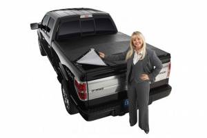 extang - Extang Blackmax #2705 - Nissan Titan Crew Cab with rail system - Image 1